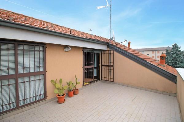 Appartamento in vendita a Cassano d'Adda, Mercato, Con giardino, 228 mq
