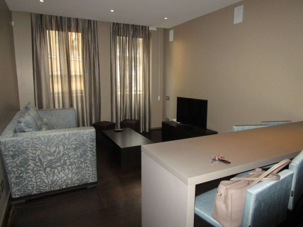 Appartamento in vendita a Milano, Montenapoleone, Arredato, 60 mq