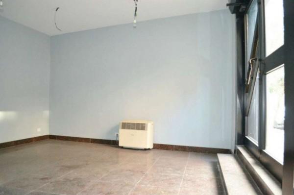 Ufficio in affitto a Orbassano, 30 mq