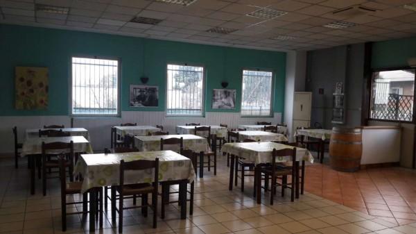 Locale Commerciale  in vendita a Cardano al Campo, Industriale, Arredato, 250 mq - Foto 23
