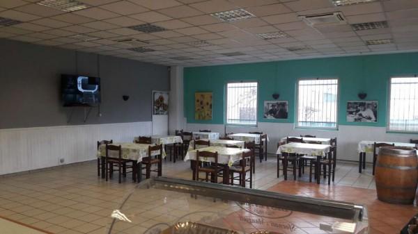 Locale Commerciale  in vendita a Cardano al Campo, Industriale, Arredato, 250 mq - Foto 9