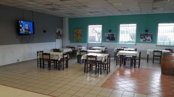 Locale Commerciale  in vendita a Cardano al Campo, Industriale, Arredato, 250 mq - Foto 6