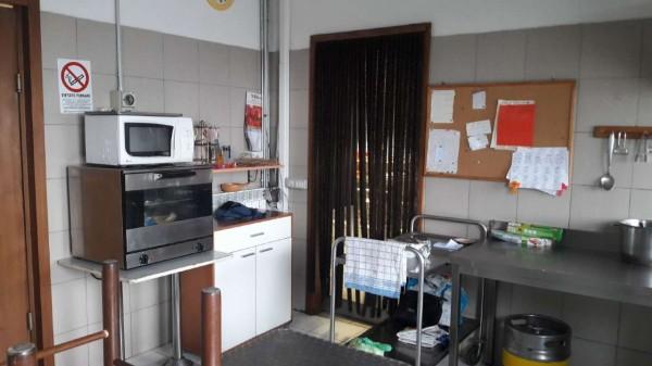 Locale Commerciale  in vendita a Cardano al Campo, Industriale, Arredato, 250 mq - Foto 8