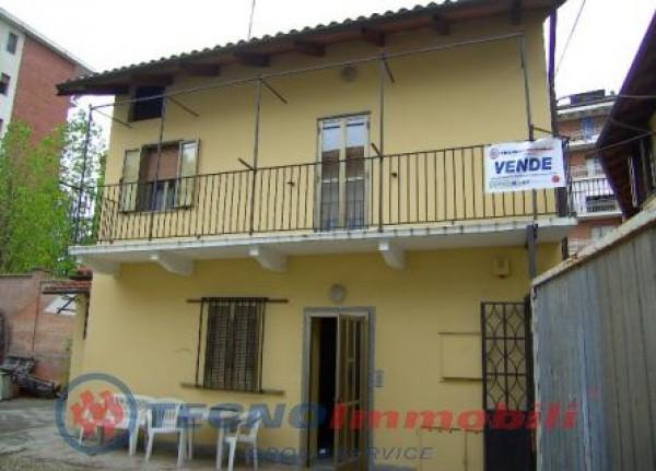 Casa indipendente in vendita a Ciriè, 80 mq