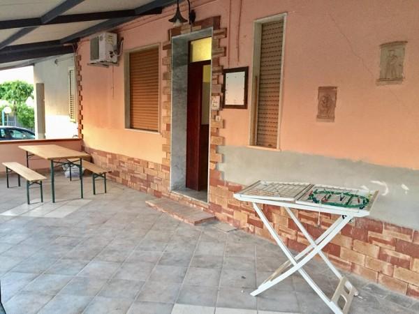 Casa indipendente in vendita a Agropoli, Lungomare, Con giardino, 100 mq