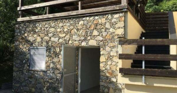 Villa in vendita a Genova, Cornigliano Alta, Con giardino, 125 mq