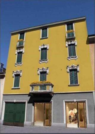 Negozio in vendita a Milano, Via Rembrandt, 50 mq
