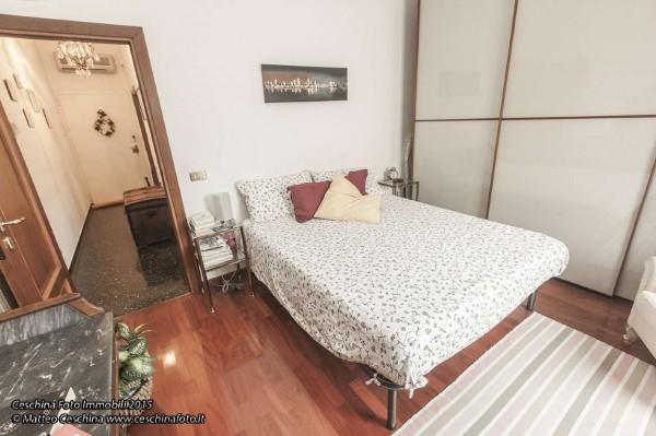 Appartamento in vendita a Genova, Con giardino, 65 mq