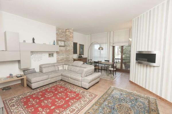 Appartamento in vendita a Genova, Con giardino, 135 mq