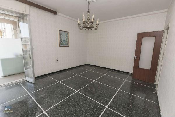 Appartamento in vendita a Genova, 120 mq - Foto 1