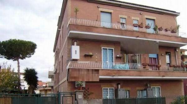 Appartamento in vendita a Roma, 114 mq