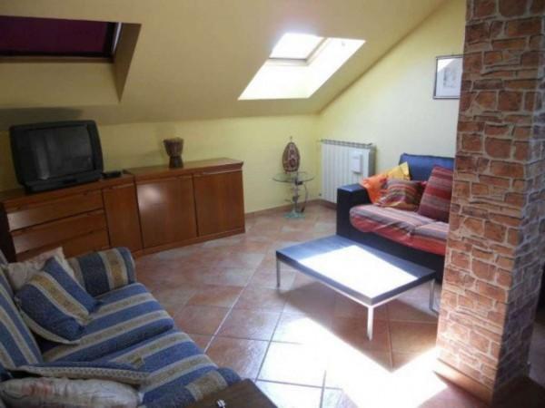 Appartamento in affitto a Corbetta, Centrale, Arredato, con giardino, 60 mq