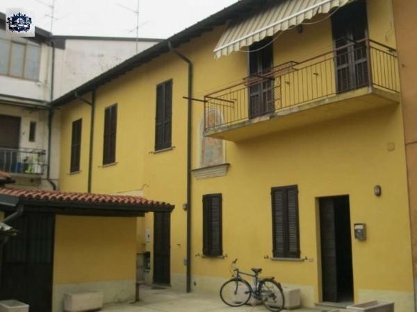 Appartamento in affitto a Corbetta, Centro, Arredato, 110 mq