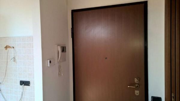 Appartamento in affitto a Corbetta, Semi Centrale, Con giardino, 75 mq - Foto 2