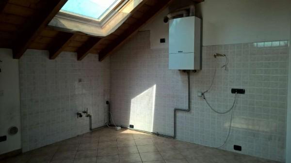 Appartamento in affitto a Corbetta, Semi Centrale, Con giardino, 75 mq - Foto 12