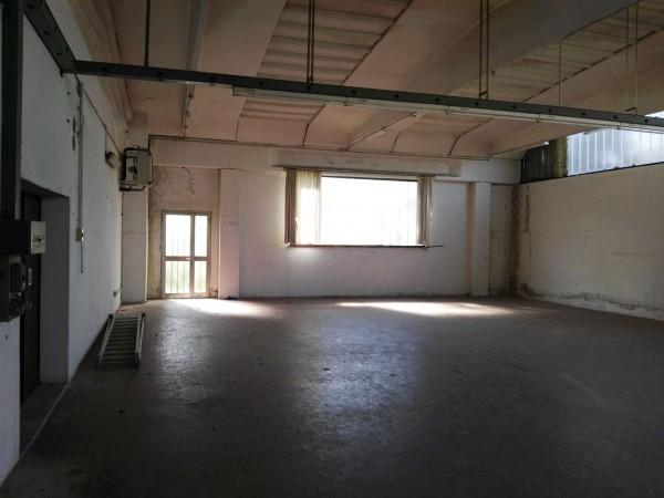 Capannone in affitto a Cuggiono, Residenziale, 200 mq