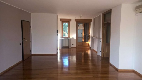 Appartamento in affitto a Magenta, Centro, Con giardino, 150 mq - Foto 6