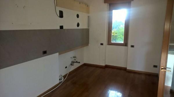 Appartamento in affitto a Magenta, Centro, Con giardino, 150 mq - Foto 4