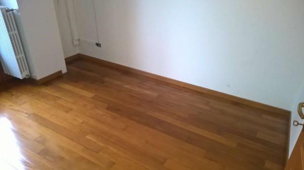 Appartamento in affitto a Magenta, Centro, Con giardino, 150 mq - Foto 17