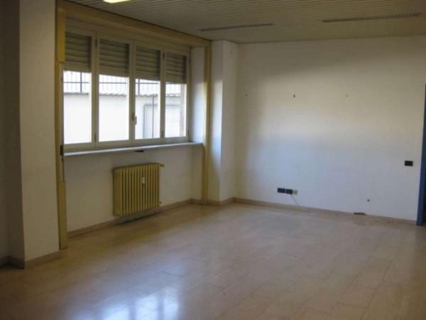 Ufficio in affitto a Milano, Semi Centrale, Con giardino, 370 mq