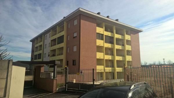 Appartamento in vendita a Pregnana Milanese, Semi-centrale, 80 mq