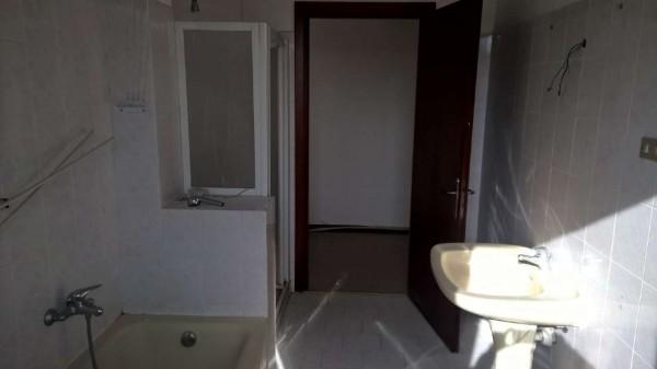 Appartamento in affitto a Robecco sul Naviglio, Residenziale, Con giardino, 70 mq - Foto 4