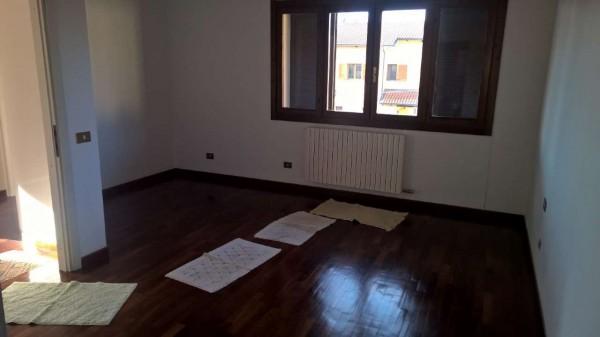 Villetta a schiera in affitto a Settimo Milanese, Residenziale, Con giardino, 300 mq - Foto 9