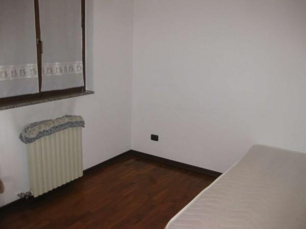 Villa in affitto a Vanzago, Residenziale, Arredato, con giardino, 300 mq - Foto 10