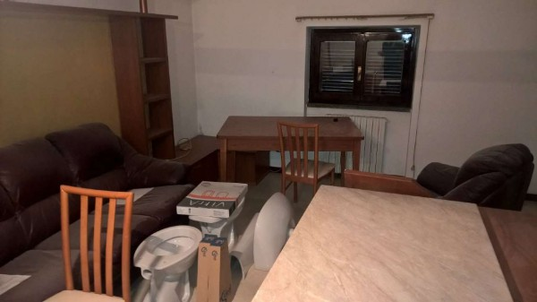 Appartamento in affitto a Vittuone, Semi Centrale, Con giardino, 80 mq