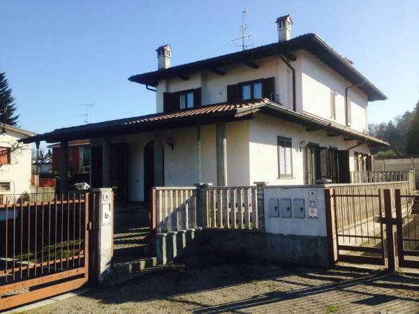 Casa indipendente in vendita a Gallarate, Residenziale, Con giardino, 150 mq