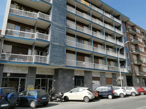 Appartamento in vendita a Moncalieri, Borgo San Pietro, 60 mq