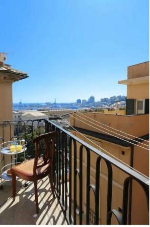 Appartamento in vendita a Genova, Arredato, con giardino, 92 mq