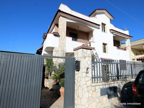 Villa in vendita a Taranto, Residenziale, Con giardino, 160 mq