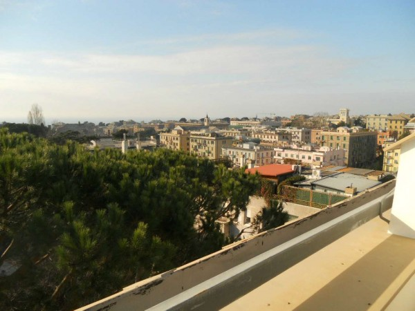 Appartamento in vendita a Genova, Semicentro, Con giardino, 141 mq