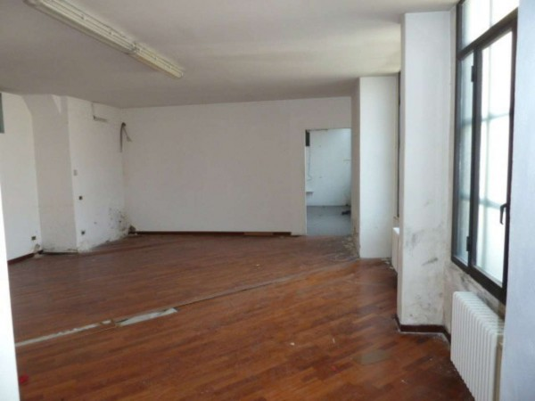 Ufficio in vendita a Milano, Crescenzago, 81 mq
