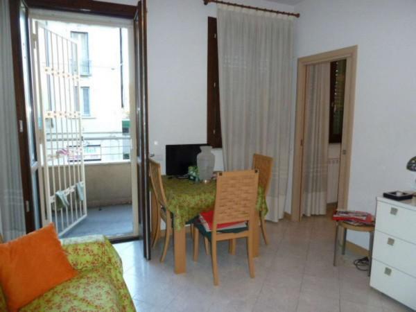 Appartamento in vendita a Milano, Crescenzago, 60 mq
