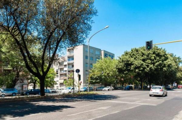 Appartamento in vendita a Roma, Viale Marconi, 120 mq
