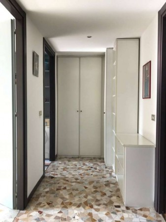 Appartamento in vendita a Milano, Garibaldi, 90 mq