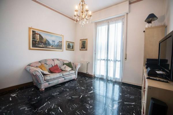 Appartamento in vendita a Genova, 100 mq