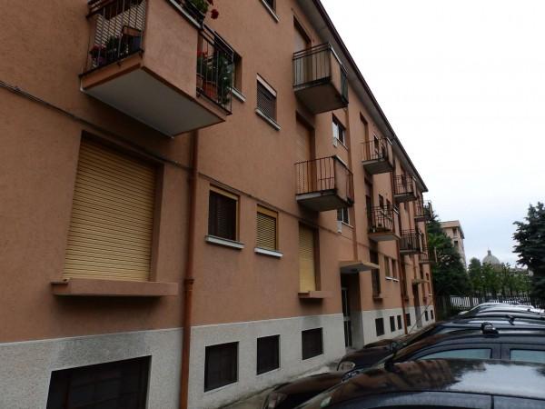 Appartamento in vendita a Desio, Con giardino, 67 mq