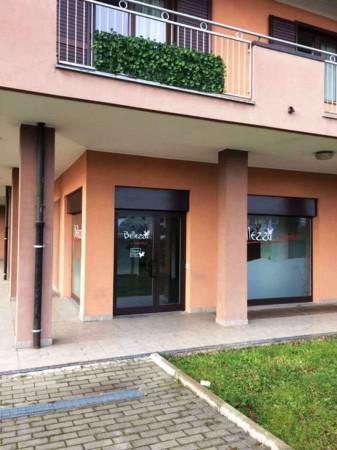 Negozio in affitto a Caronno Pertusella, Stazioni, 79 mq - Foto 3