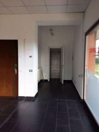 Negozio in affitto a Caronno Pertusella, Stazioni, 79 mq - Foto 9