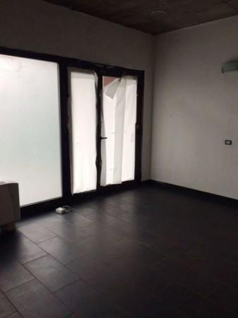 Negozio in affitto a Caronno Pertusella, Stazioni, 79 mq - Foto 6