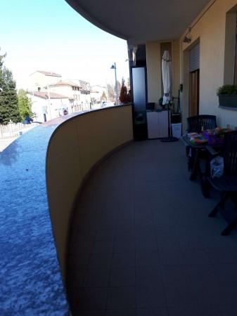 Appartamento in vendita a Gerenzano, Stazione, Con giardino, 55 mq