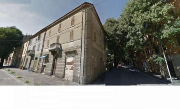 Immobile in vendita a Forlì, Centro Storico, Con giardino, 355 mq
