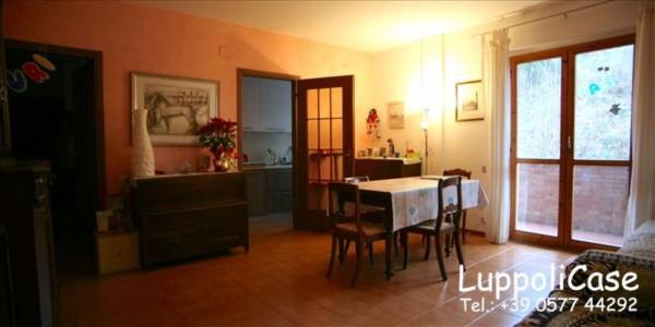 Appartamento in vendita a Siena, Con giardino, 110 mq