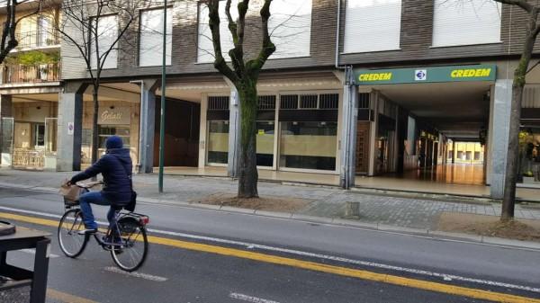 Locale Commerciale  in affitto a Cusano Milanino, Centro, 200 mq - Foto 2