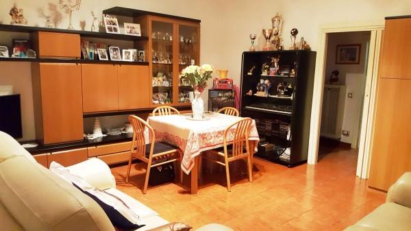Appartamento in vendita a Corsico, Con giardino, 105 mq