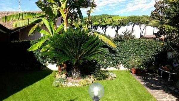 Villa in vendita a Roma, Infernetto, Con giardino, 200 mq