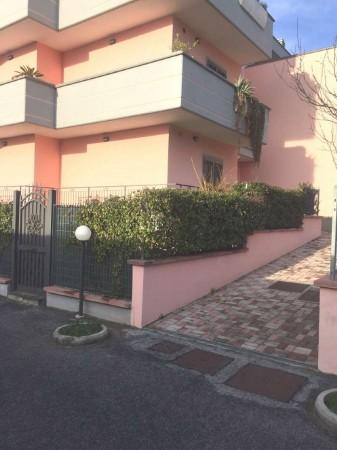 Appartamento in vendita a Roma, Anagnina, Arredato, con giardino, 33 mq